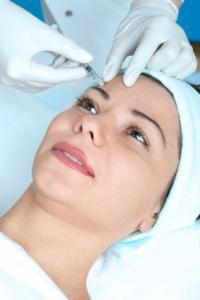 woman receiving a botox injection