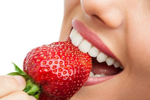 Weiße Zähne: 5 schnelle Tipps