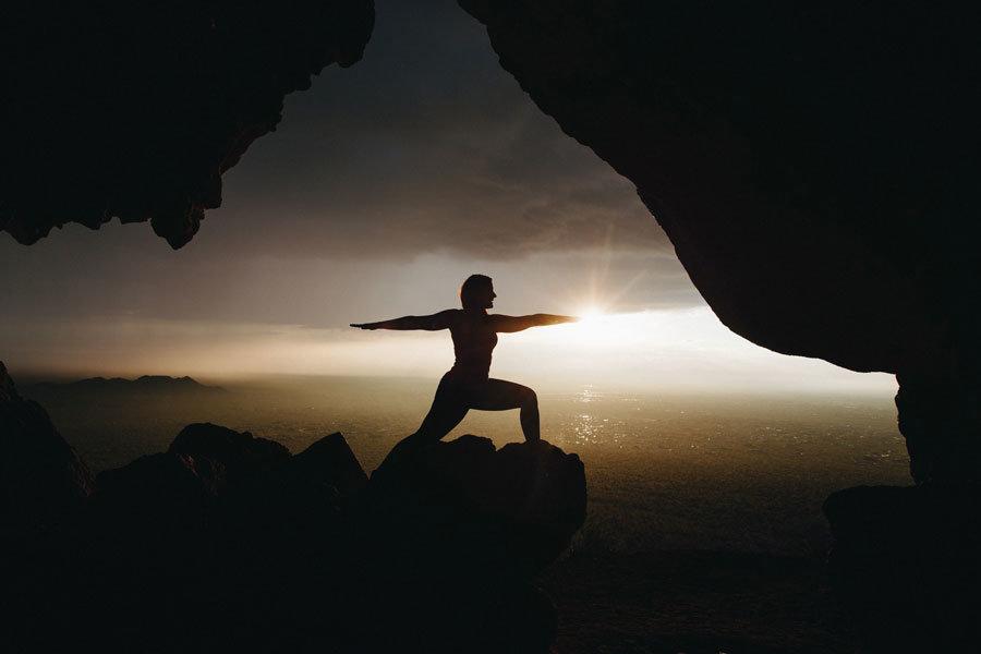 Yoga für Beine und Po: Das beste Workout für zu Hause